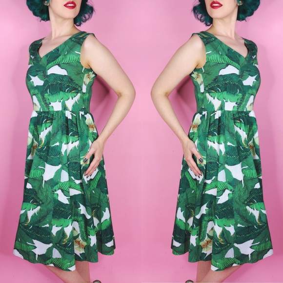 Dresses & Skirts - Palm Print Day Dress